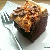Lækker chokoladekag m/topping
