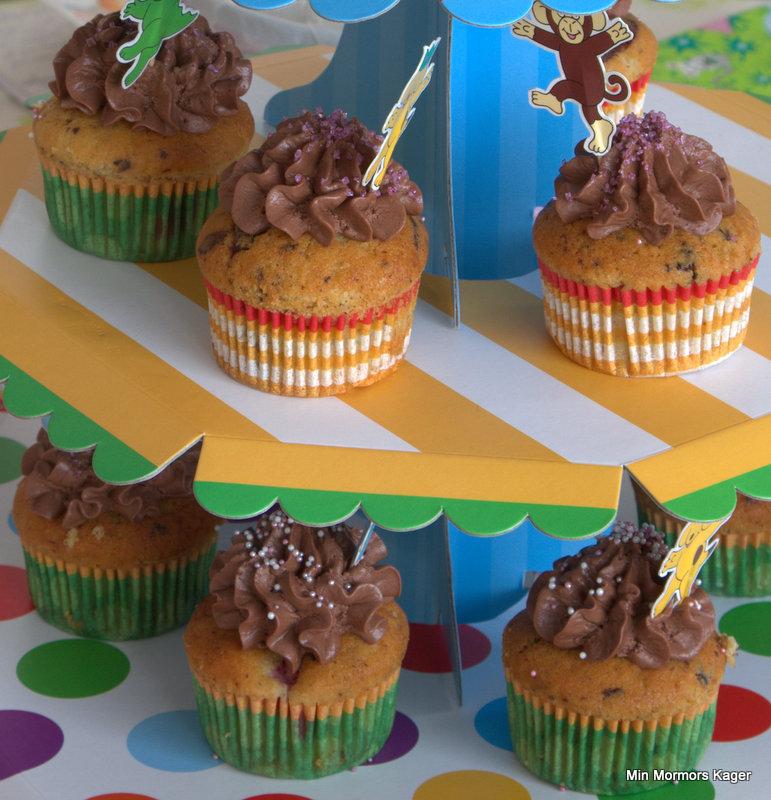 Hindbær-chokolade muffins m/chokolade-creamcheese frosting