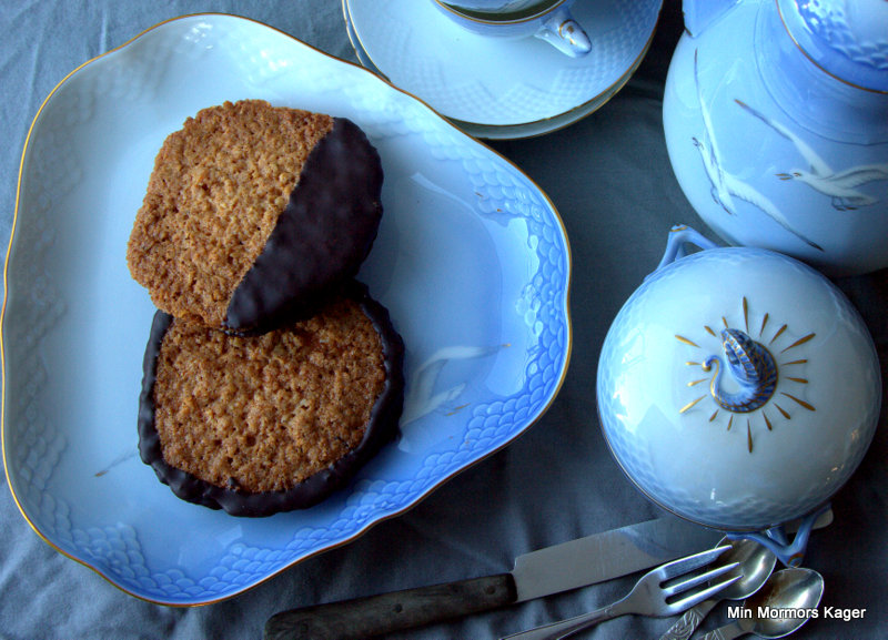 Glutenfri havregrynskager med smørcreme