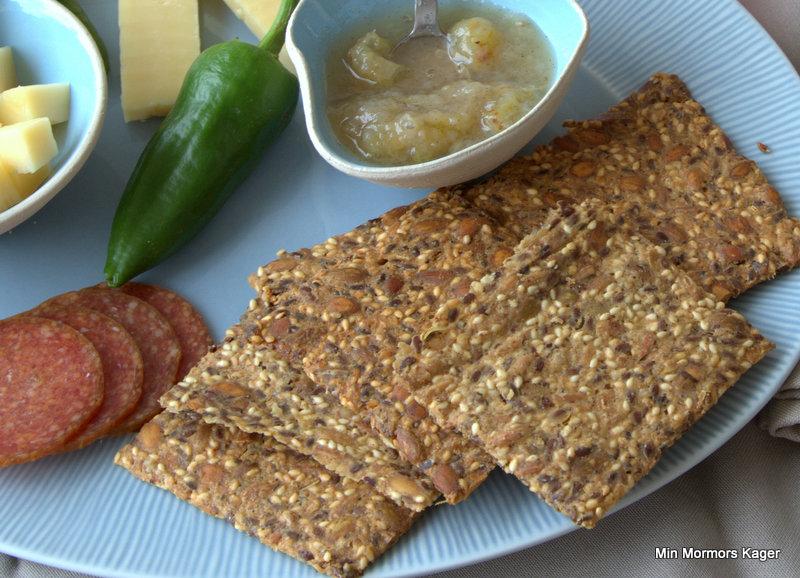 Glutenfri knækbrød med fennikelfrø