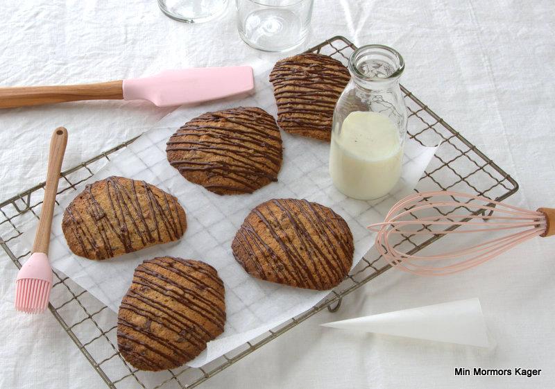 Glutenfri cookies med chokolade og pekannødder